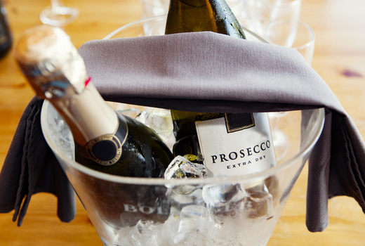 Memoria prosecco bottles bubbly