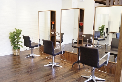 Salon wave nyc inside chairs mirrors