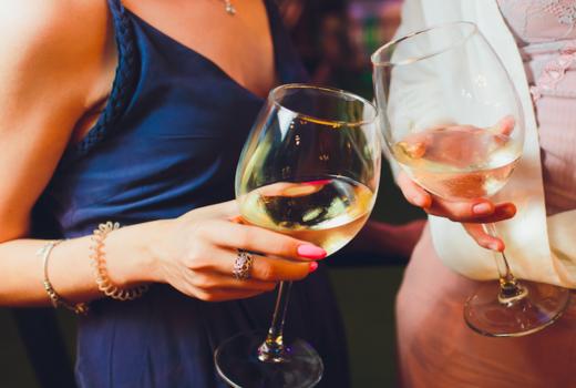 Park evenue tavern california white wine