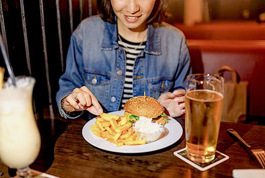 Alexander hamilton tavern beers burgers love