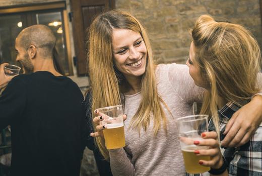 Beer tippler girlfriends beer