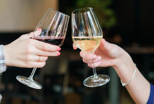 Tara rose wine cheers