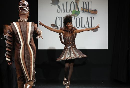 Salon du chocolat fashion show