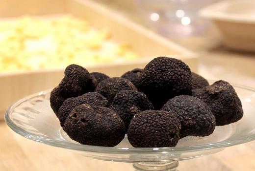 Eataly black truffles all