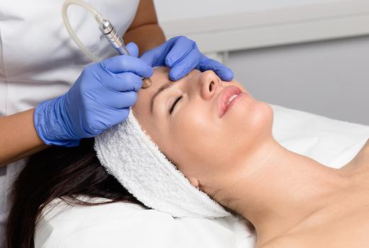 Slim up facial microdermabrastion skin
