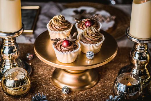 Sipshopeat cupcakes