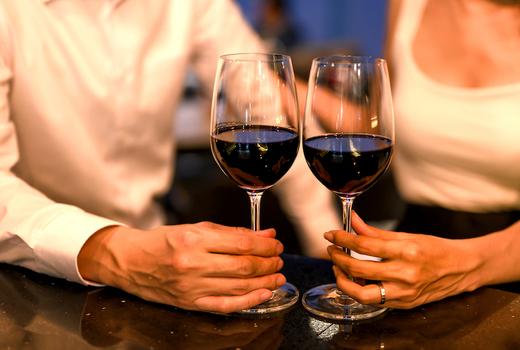 Saar cheers wine