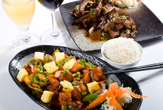 Wok wok dishes wine