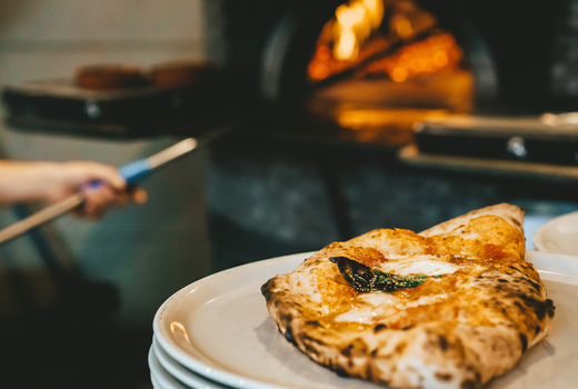 Medici calzone wood fire oven