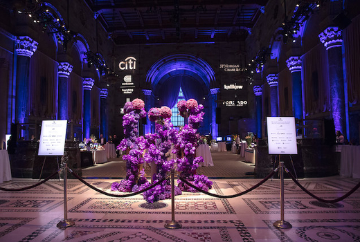 Grand gourmet entrance flowers