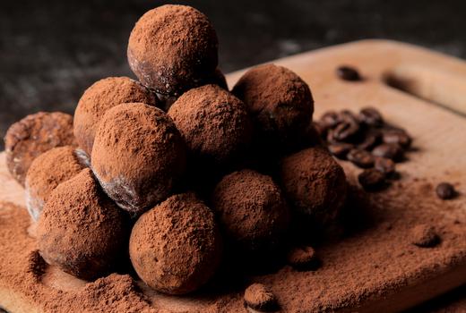 Li lac truffles yum sweet