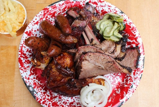 Hill country bbq eats home plate
