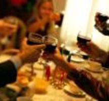 Holiday-wine