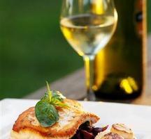 Italian-dinner-wine