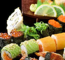 Hachi_sushi_special_roll
