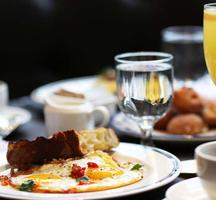 Manhattan-proper-mimosa