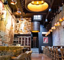 Barca-restaurant-inside