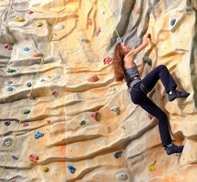 Nyc_rock_climbing-manhattan_plaza