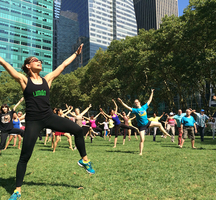 Limon_dance-bryant_park-free_outdoor_fitness