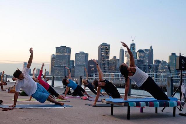 Free Brooklyn Waterfront Yoga North 5th Street Pier Park Yoga Pulsd Nyc