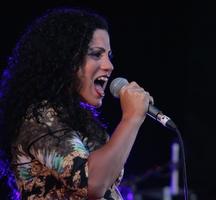 Emel_mathlouthi-free_concerts_nyc