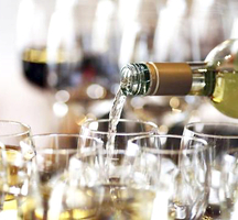 White_wine_tasting_astor_center