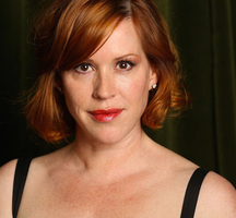 Nyc_celebrity_events-larson-molly-ringwald-1200