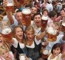Oktoberfest-people-fun