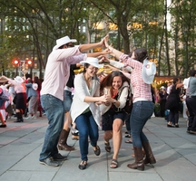 Bryant_park_square_dance_-_09.10.12_-__photo_by_angelito_jusay_(1)