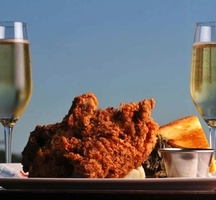 Friend-chicken-champagne-beach