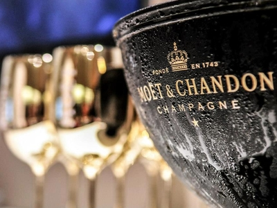 Moet chandon champagne party