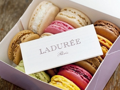 Free Ladurée Macarons | Riverside Dr & W 94th St, New York