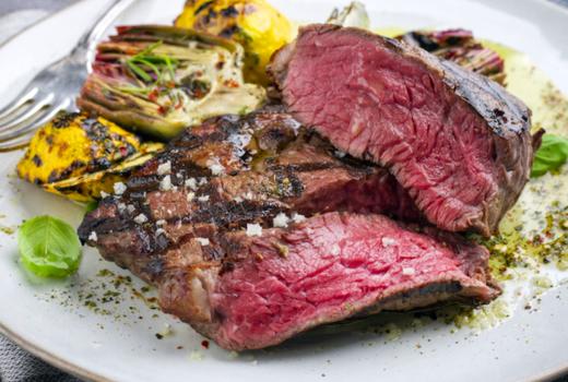 Fusion hk steak juicy rare