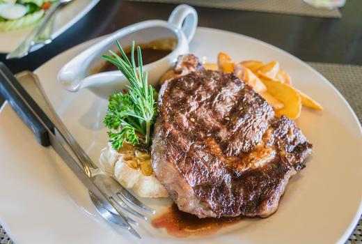 Le souk steak dinner wow