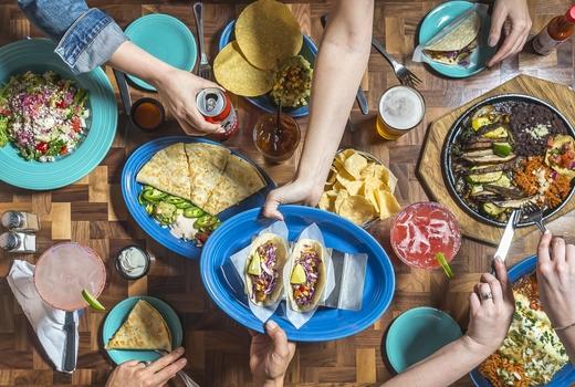 Skinnys cantina feast
