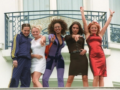 Spice girls 90s party