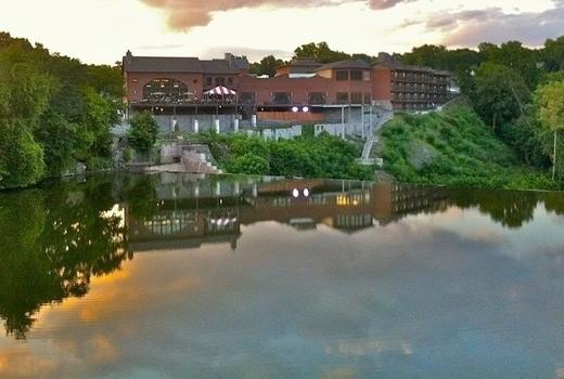 Diamond mills water spring
