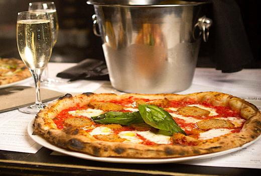 Make pizza drink bubbly pizza prosecco