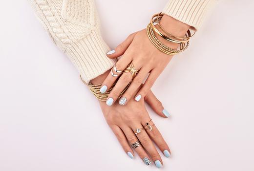 Glosslab hands art