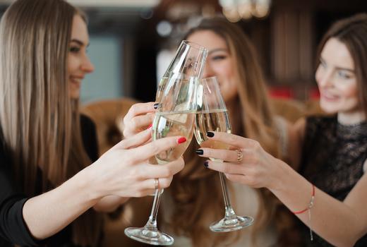 Flute champagne vintage school friends cheers