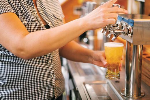 Ciderfeast cider pour