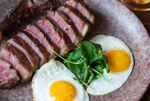 Woodpecker brunch steak eggs