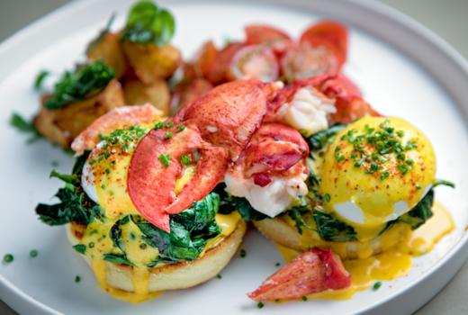 Memoria brunch lobster benedict
