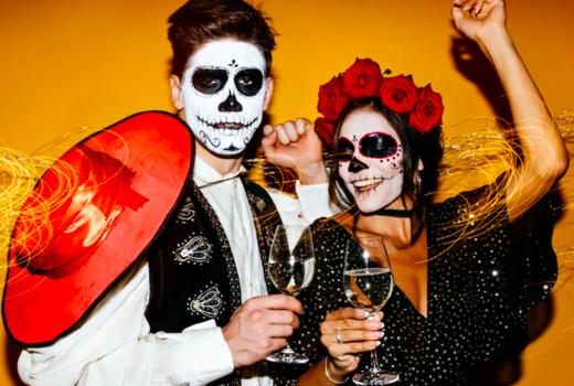 Villa cemita dancing couple drinks fun
