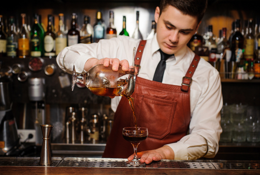 Nyc whiskey fest fall 2019 bartender pour