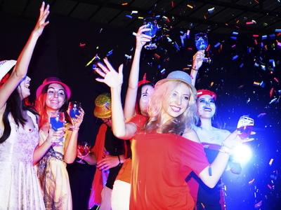 Majesty nye friends party love