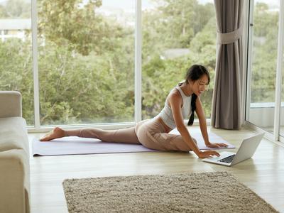 Woom yoga