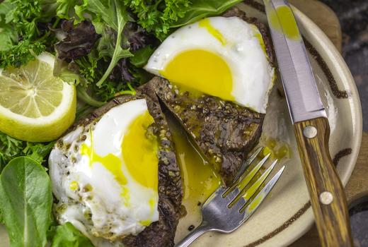 Mykonos bleu steak eggs