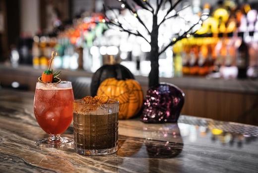 Ampia cocktails bar